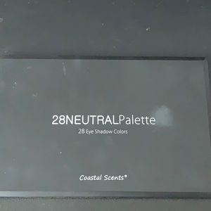 Coastal Scents - 28 Eyeshadow Palette Neutral